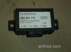 Alarmsteuergerät Steuergerät Alarm 4B0951173 Audi A4 Bj.98 (03/3848)